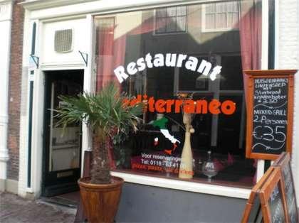 drinken Italiaans weinig in Middelburg